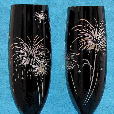 Midnight,Black,Champagne,Flutes,,Fireworks,themed,for,New,Year's,Eve,Wedding,champagne glasses, toasting flutes, Midnight, black champagne flutes, fireworks themed, new year's eve, 4th of july, wedding glasses, wedding toast glasses