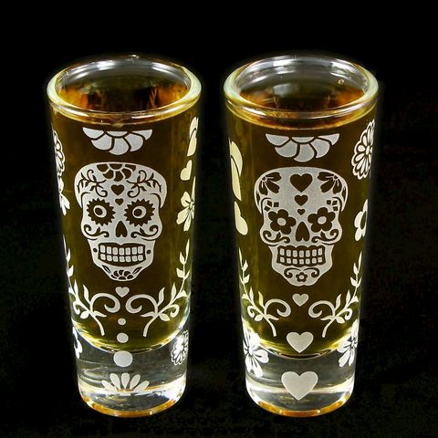 2,Dia,De,Los,Muertos,Shot,Glasses,,Groomsmen,Gift,Ideas,,Sugar,Skull,Wedding,Glasses,day of the dead, Shot Glasses, Dia De Los Muertos, groomsmen gift ideas, sugar skull wedding, bradgoodell, brad goodell, the wedding gallery