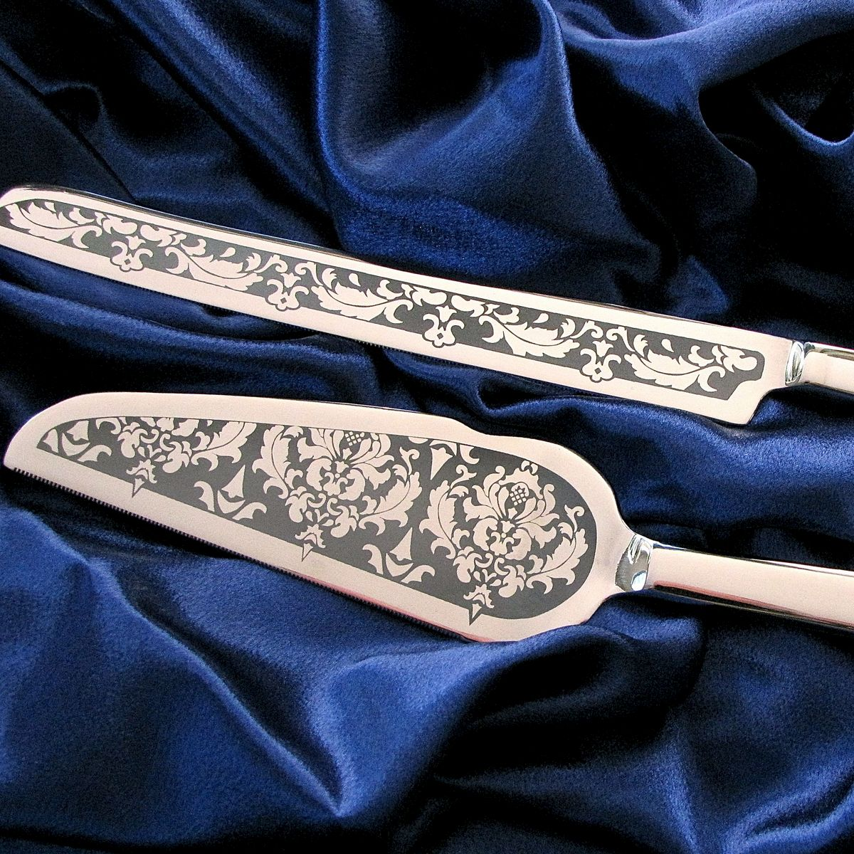 Damask Wedding Cake Knife Set