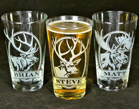 2,Personalized,Beer,Glasses,with,Deer,,Etched,Glass,Pint,Gift,for,Groomsmen,Deer, elk, moose, beer glass, personalized, pint glass, etched glass, engraved gift, gift for man, gift for husband, boyfriend, father, dad