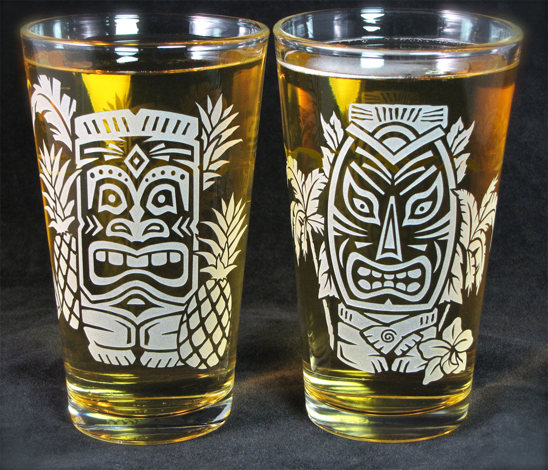 2 Tiki Drinking Glasses Hawaiian Style Pint Glasses Etched Glass Beer Glass