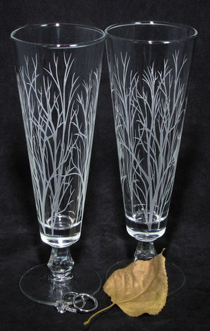 Winter,Trees,Branches,Wedding,Decor,,Personalized,Toasting,Flutes,,Etched,Glass,Gift,for,Couple,  Winter tree branches, woodsy wedding, fall wedding, wedding decor, personalized, toasting flutes, pilsner flutes, beer flutes, fluted pilsner,  beer glass, personalized wedding glass