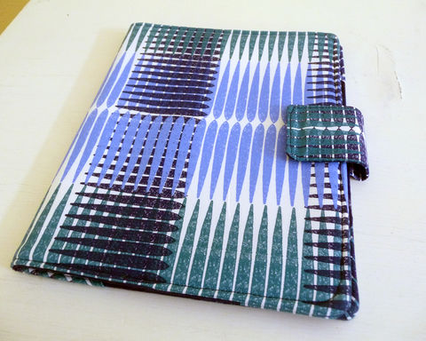 Modern,Blue,Plaid,iPad,2,Cover,,Soft,Book,Style,cotton ipad 2 cover, vegan ipad 2 cover, handmade, ipad 2 case,clearance ipad 2 cover, mens ipad 2 cover, blue plaid ipad 2 case