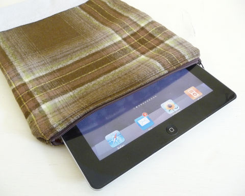 Wool,and,Leather,iPad,Sleeve,wool and leather ipad sleeve, plaid wool ipad sleeve