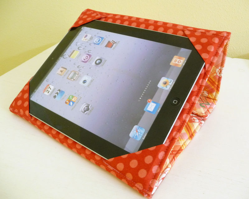 Retro Style Floral Print Standing iPad 2 Cover - product images  of