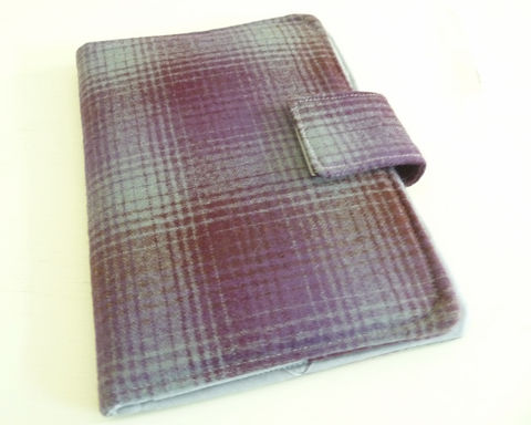 Purple,Ombre,Plaid,Wool,Kindle,4,or,5,,Voyage,,Kobo,Touch,Cover,kindle voyage cover, kobo touch cover, kindle 5 cover, kobo touch case, handmade kindle cover, plaid wool kindle 4 cover, ombre plaid wool ereader case