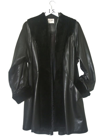 VINTAGE,LEATHER,COAT,SOLD,Vintage clothing, Leather coat, leather swing coat, vintage leather coat, vintage coat, swing coat, designer vintage, leather and fake fur coat