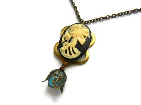 Lady,Skull,Dia,de,Los,Muertos,Cameo,Necklace,Vintage,Filigree,dia de los muertos, day of the dead, gothic necklace, skull necklace, lady skull necklace, cameo necklace, vintage necklace, release me creations, jewelry, skull jewelry, gothic jewelry, dark jewelry, black and cream