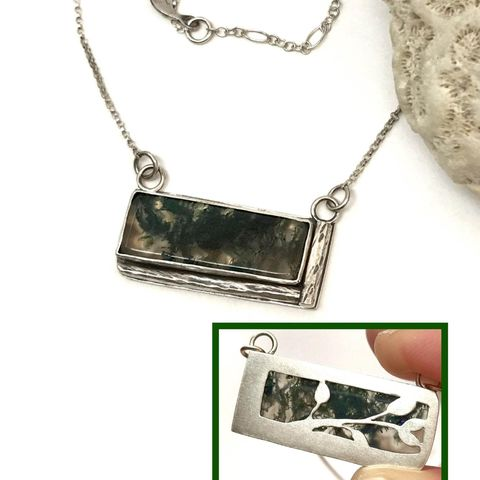 Reversible,Moss,Agate,Bar,Necklace,Saw,Cut,Leaf,Design,moss agate bar necklace, reversible Sterling silver necklace, saw cut design, artisan silversmith statement