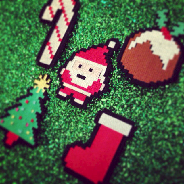 8 Bit Christmas Hair Clips - Janine Basil's Boutique