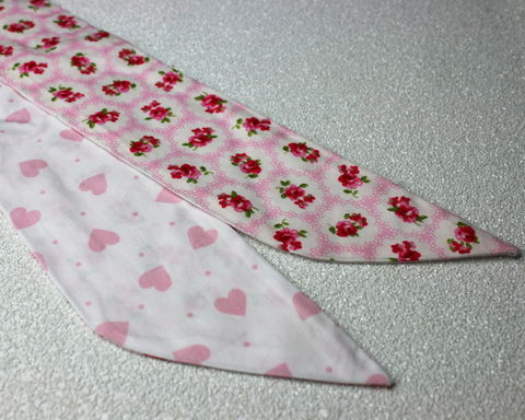 Retro,Floral,Pink,and,Hearts,Reversible,Wired,Headband,dolly bow headband, wired, tie hair band