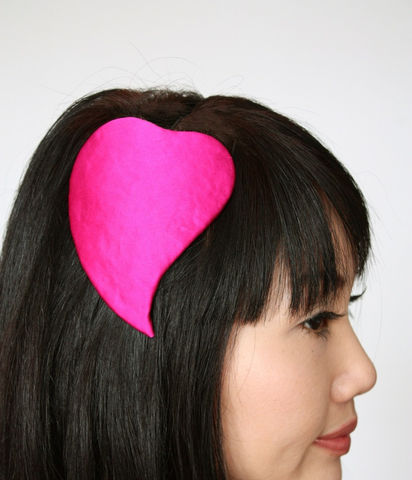 Valentine,heart,fascinator,burlesque,hat,in,pink,silk,satin,Accessories,Hat,valentine,silk_satin,glamour,love,pin_up,janinebasi,janine_basil,ttt,wire,buckram,cotton_wadding,felt