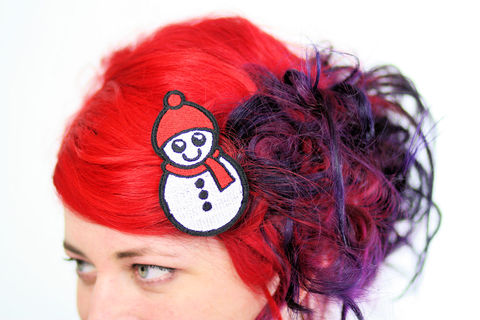 Snowman,Hair,Clip,,Snow,Barrette,,Kawaii,Red,and,White,Accessories,Clip,women,hair_barrette,christmas_hair_clip,hairclip,christmas_barrette,snowman_hair_clip,snowman_barrette,white,red,cute_snowman,kawaii_hair_clip,kawaii_barrette,snow_person,polyester_felt,rayon_thread,elastic
