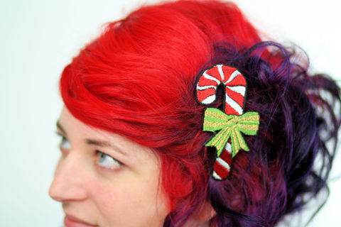 Candy,Cane,Hair,Clip,,Christmas,Barrette,,Kawaii,,Red,,White,,Green,and,Gold,Accessories,Clip,women,hair_barrette,christmas_hair_clip,hairclip,christmas_barrette,janinebasil,green,xmas_hair_clip,red,candy_cane_hair_clip,bow,gold,candy_hair_clip,polyester_felt,rayon_thread,elastic