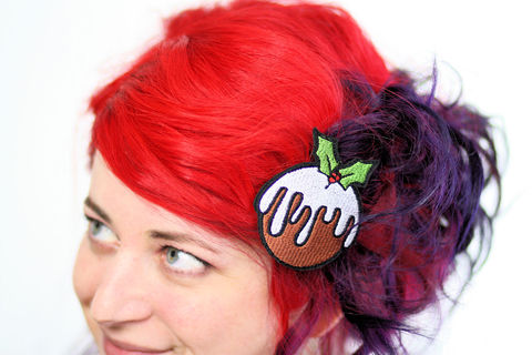 Christmas,Pudding,Hair,Clip,,Barrette,,Holly,,Brown,,White,,Green,and,Red,Accessories,Clip,women,hair_barrette,christmas_hair_clip,hairclip,christmas_barrette,rhinestones,sparkly_hair_clip,janinebasil,green,xmas_hair_clip,red,christmas_pudding,xmas_pudding,polyester_felt,rayon_thread,elastic