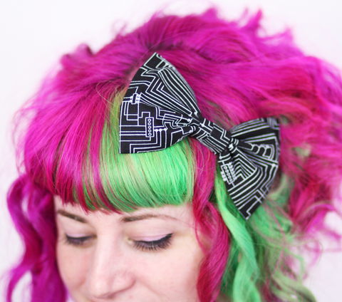 Black,and,White,Circuit,Board,Bow,,Geek,Print,Hair Bow, hair clip, spots, polka dots