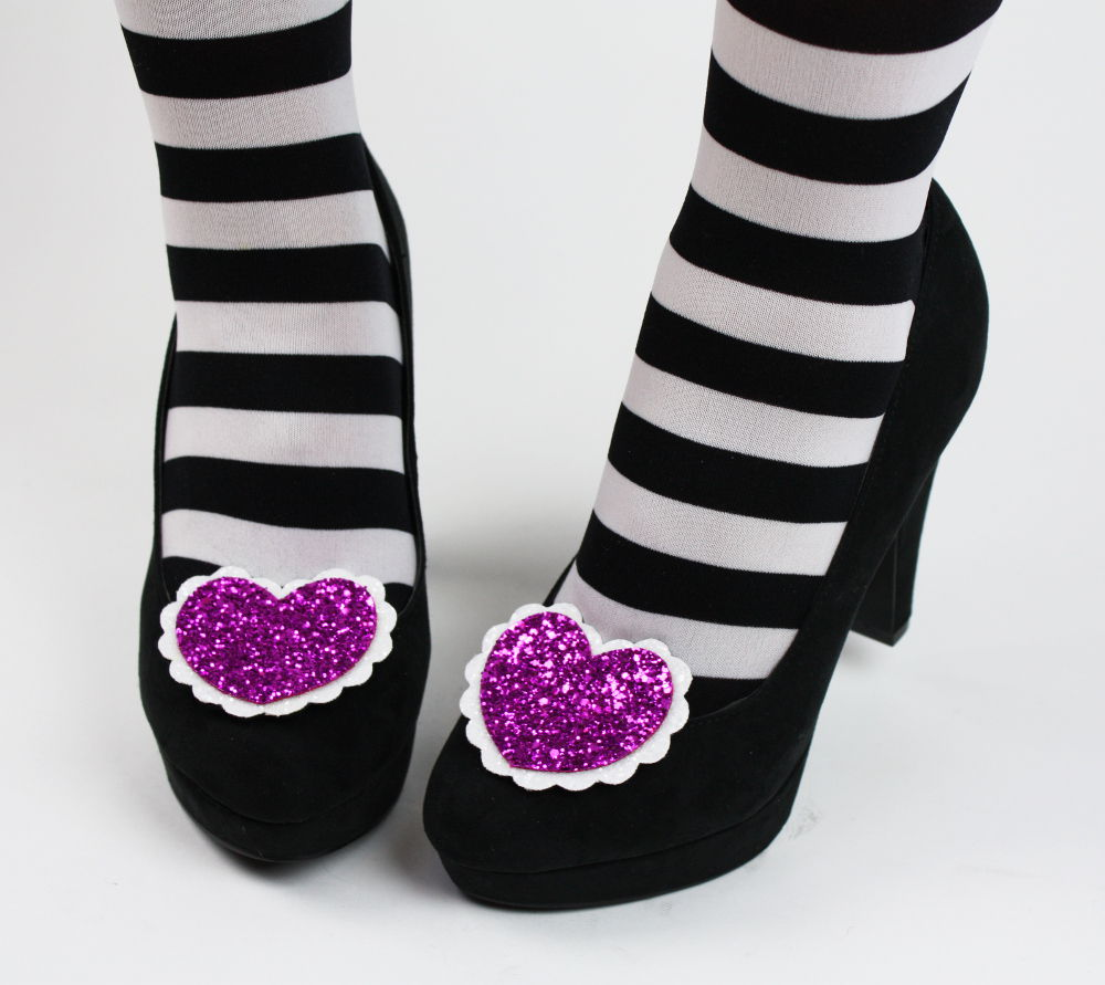 Glitter Heart Shoe Clips - product image