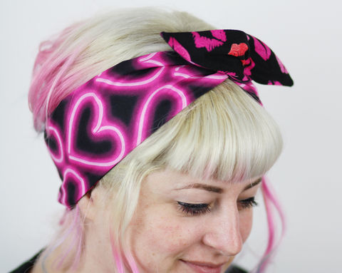 Retro,Reversible,Wired,Bow,Headband,,80s,Neon,Hearts,and,Lip,Prints,dolly bow headband, wired, tie hair band