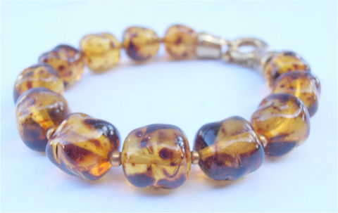 Vintage,Faux,Amber,Bracelet,Crystal,Glass,Chunky,Bead,vintage amber crystal bead bracelet, vintage czech glass crystal bracelet, vintage faux amber glass bead bracelet, faux amber bracelet, gold color nugget bracelet, chunky amber glass bead bracelet, faux amber crystal bracelet, mottled amber glass bracelet