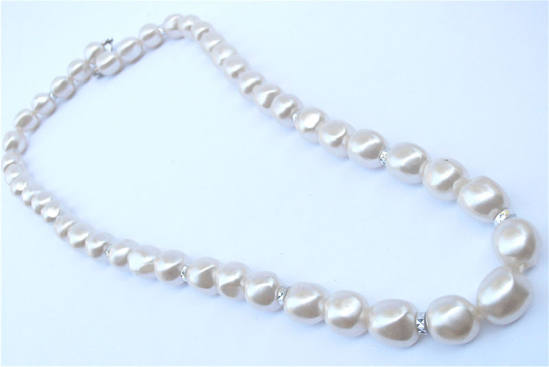 Vintage Faux Baroque White Pearl Necklace Matinee Length Single Strand Wedding Bridal Bride Mother of Bride Faceted Silver Tone 12mm Bead  - product images  of