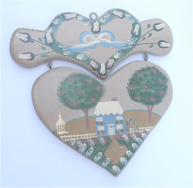 Vintage Painted Floral Heart Wall Hang Décor Carved Gray Blue Wood Home Paint Artwork Plaque Shabby House Cottage Chic Green Tree Flower Bud - product images  of