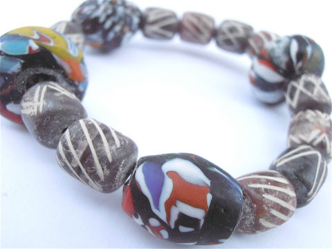 Handmade,Colorful,Clay,Beads,Bracelet,Chunky,Terracotta,Stone,Multicolored,Brown,Large,Single,Strand,Glass,Elastic,Stretch,Villacollezione,handmade terracotta clay bead bracelet, multicolored glass bead bracelet, hippie boho native chunky bead bracelet, large brown bead bracelet, large brown bead clay bracelet, handmade unisex textured brown bead bracelet, men hippie bead bracelet