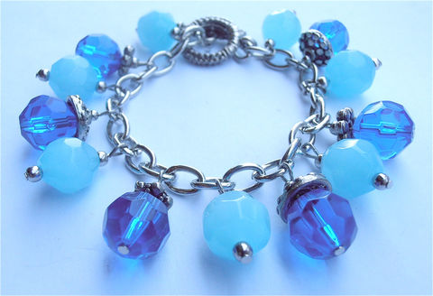 Handmade,Blue,Bracelet,Crystal,Navy,Dangling,Bead,Swarovski,Components,dark blue crystal bead bracelet, faceted blue crystal bracelet, blue crystal dangling bracelet, sagittarius december, blue dangle bead bracelet, swarovski blue bead bracelet, turquoise blue crystal bracelet, persian blue bracelet, blue bead bracelet