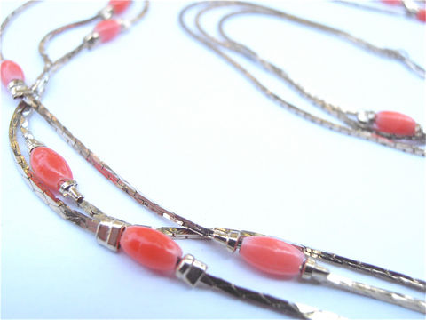 Vintage,Faux,Coral,Necklace,Orange,Bead,Gold,Peach,Multistrand,vintage faux coral necklace, vintage faux gold necklace, vintage coral gold necklace, vintage gold coral necklace, vintage gold multistrand necklace, vintage coral acrylic bead necklace, vintage orange bead necklace, villacollezione, villa collezione