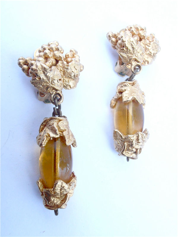 Vintage Leaf Gold Earrings Vintage Cluster Earrings Vtg Gold Leaf Earrings Faux Amber Earrings Gold Textured Earrings Gold Dangling Earrings - product images  of