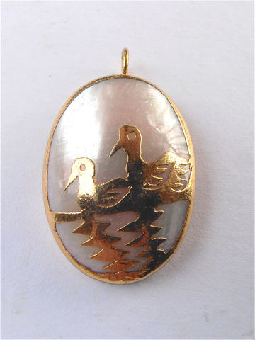 Vintage,White,Mother,of,Pearl,Crane,Pendant,MOP,Cabochon,Necklace,Gold,Tone,Duck,Bird,Water,Chinese,Asian,Oriental,Symbol,Jewelry,vintage white mother of pearl cabochon pendant, vintage mop cabochon gold tone crane bird pendant, vintage mother of pearl cabochon gold tone necklace, vintage oval mother of pearl pendant, vintage shell gold duck pendant, crane pendant, bird pendant