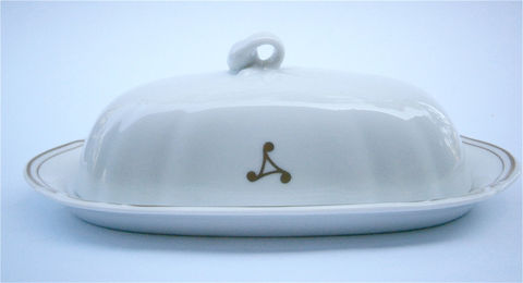 Vintage,White,Butter,Dish,Mikasa,Embassy,L9309,Off,Fine,China,Porcelain,Japanese,Pottery,Ceramic,Container,Villacollezione,vintage mikasa white butter dish, vintage L9309 mikasa butter dish pottery, vintage mikasa fine china butter dish, vintage mikasa embassy L9309 butter container, vintage off white covered butter dish, vintage white ceramic removable lid butter tray