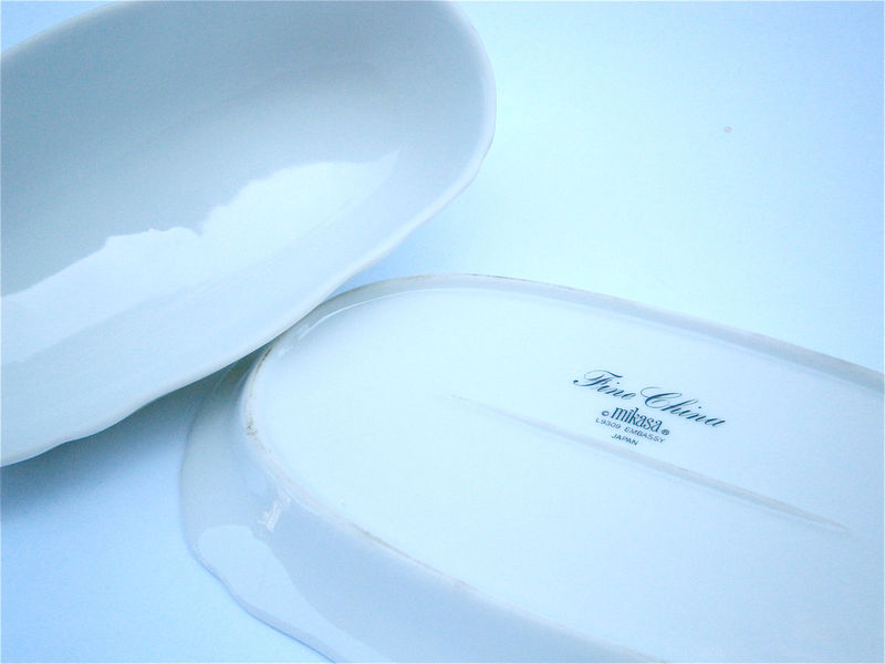 Vintage White Butter Dish Mikasa Embassy L9309  Off White Fine China Porcelain Japanese Pottery Ceramic Container Villacollezione - product images  of