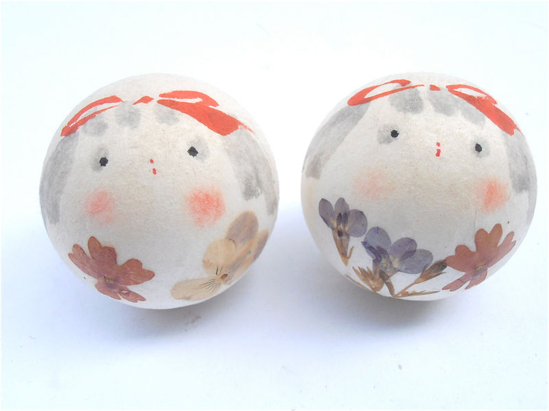 Vintage Paper Mache Vintage Doll Faces Paper Mache Dolls Girl Painted Faces Painted Paper Mache Twin Balls Kawaii Balls Japanese Paper Mache - product images  of