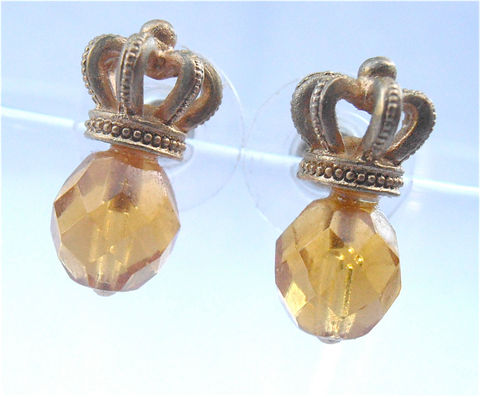 Vintage,Faux,Topaz,Crystal,Crown,Earrings,Gold,Tone,Facet,Bead,Post,Stud,Citrine,Color,Amber,Yellow,Glass,Golden,Villacollezione,Honey,vintage gold tone crown faux amber crystal earrings, vintage gold like crown post stud earrings, vintage faceted faceted gold bead honey golden earrings, vintage faux topaz earrings, vintage princess style earrings, vintage gold yellow earrings