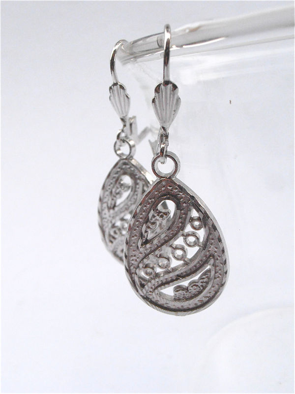 Vintage Teardrop Filigree Earrings Silver Tone Dangling Dangle Jewelry Costume Jewellry Lace Etch Egg Shape Engrave Texture Villacollezione - product images  of