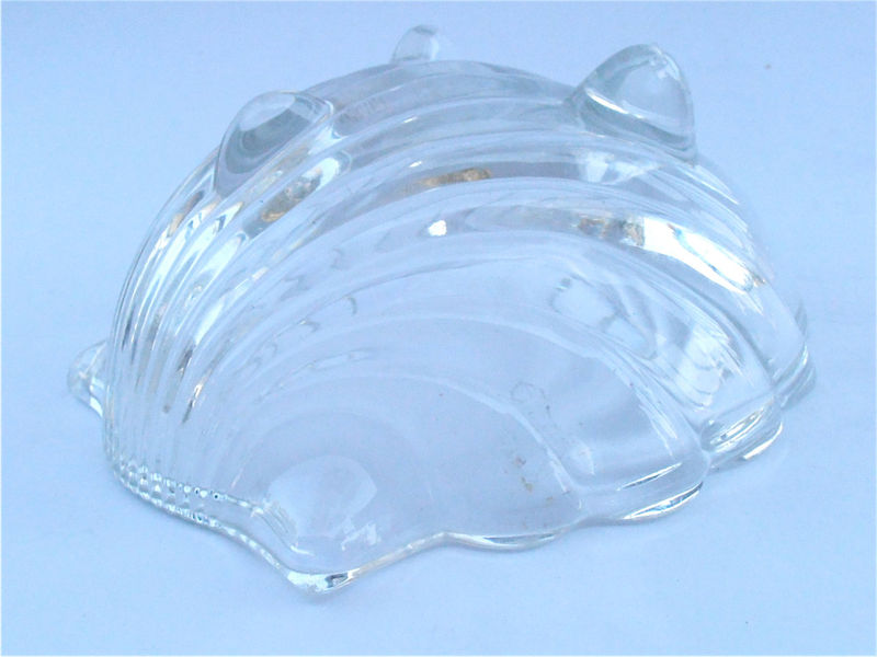 Vintage Seashell Clear Crystal Glass Bowl Shell Dish Clam Vtg Crystal Footed Bowl Candy Nut Dish Jewelry Ring Soap Dish Shabby Cottage Chic - product images  of