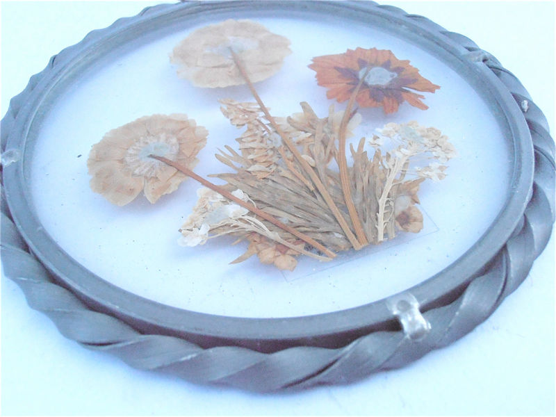 Vintage Pressed Dried Brown Wildflower Wall Hang Round Glass Pewter Frame Décor Lasting Impression Ornament Real Sun Catcher Villacollezione - product images  of