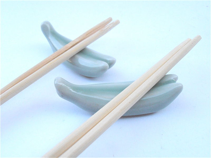 Vintage Light Green Japanese Chopstick Rest Holder Glazed Ceramic Miniature Banana Hashioki Seafoam Pottery Kawaii Figurine Villacollezione - product images  of