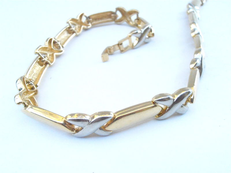 Vintage 80s Silver Tone Kisses Symbol Necklace Gold Tone Chain Link Bar Designer Inspired Look X Cross 17.5 Inches Jewelry Villacollezione - product images  of