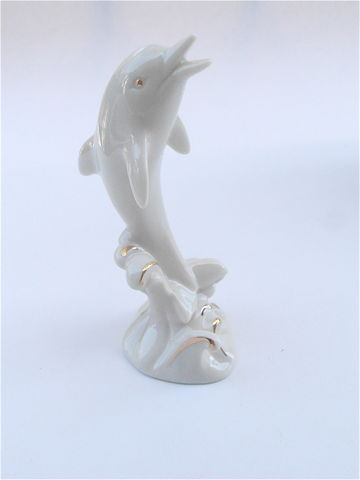 Vintage,Dolphin,Lenox,Glazed,Figurine,Ivory,Beige,Porcelain,Marine,Creature,Pottery,24K,Gold,Paint,Statue,Fine,China,Collectible,Animal,vintage dolphin lenox fine china, vintage dolphin lenox ivory figurine, vintage lenox dolphin statue, vintage marine creature figurine, vintage lenox 24k gold paint dolphin, ivory statue, vintage lenox ivory figurine collectible, dolphin wave statue