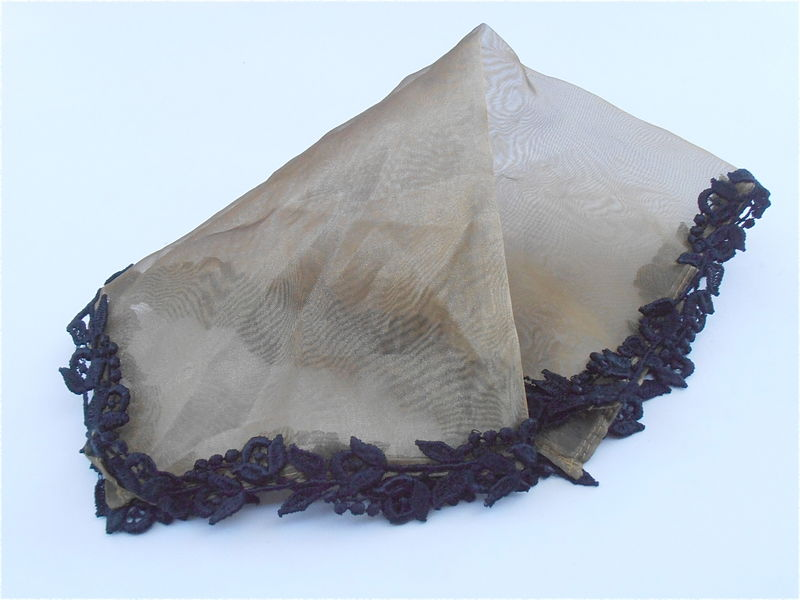 Vintage Dark Gold Black Thick Lace Handkerchief Sheen Organza Ladies Hanky Golden Shiny Ornate Fabric See Through Transparent Elegant Hankie - product images  of