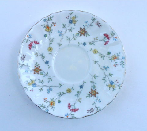 Vintage,White,Swirl,China,Plate,Multicolored,Wildflowers,Floral,Maple,Brand,Saucer,Dish,Charger,Tray,Blue,Pink,Green,Fine,Porcelain,Pottery,vintage white swirl fine china plate, vintage maple brand white china dish, wildflower white china saucer, 6 inch white saucer charger, wildflower floral spiral white porcelain plate, vintage bold flower pottery plate, cottage chic shabby decorative plate