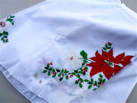 Vintage,Red,White,Christmas,Tablecloth,Poinsettias,Flowers,Cotton,Fabric,Oval,Table,Linen,Berries,Holly,Xmas,Cloth,81,x,60,vintage red white poinsettia flowers tablecloth, vintage xmas white linen tablecloth, vintage white xmas tablecloth, vintage red berries holly sprig printed table cloth, vintage christmas 81 inch x 60 inch table linen, red green christmas oval tablecloth