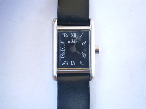 Vintage,Small,Skagen,Rectangular,Womens,Watch,136SSLB,Black,Dial,Ultra,Slim,Japan,Quartz,Stainless,Steel,Crystal,Leather,Wrist,Strap,Band,vintage skagen ladies small face watch, vintage skagen small rectangular black face dial crystal cover watch, skagen 136SSLB ladies ultra slim watch, skagen ultra slim womens wrist watch, black leather band watch strap, skagen japanese quartz movement