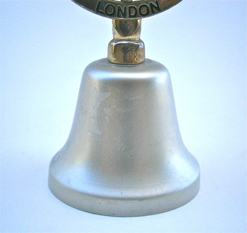 Vintage LondonTower Bridge Bell Silver Hand Matte Satin Finish Souvenir Kitsch Iconic Metal Oval Handle Embossed Gold Two Tone Collezione - product images  of