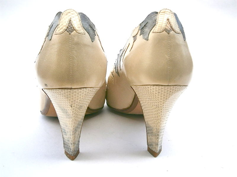 Vintage Satin Cream Ladies Shoes Pumps Andrea Pfister Womens Size 5 High Heels Designer Genuine Snakeskin All Leather Bell Flower Applique - product images  of