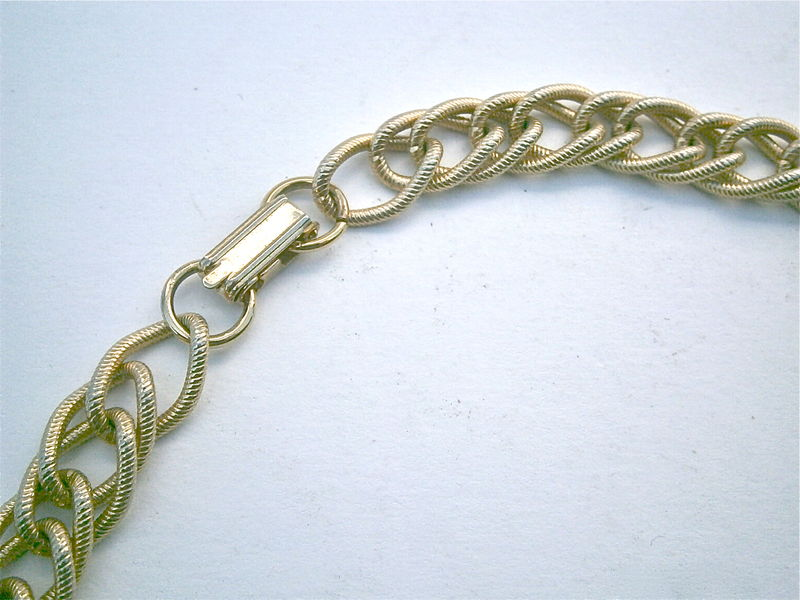 "Vintage Double Chain Link Necklace Gold Tone Textured Flat Layered Look 24"" Inches Fold Over Lock Long Unsigned 74 Grams Costume Jewelry - product images  of"