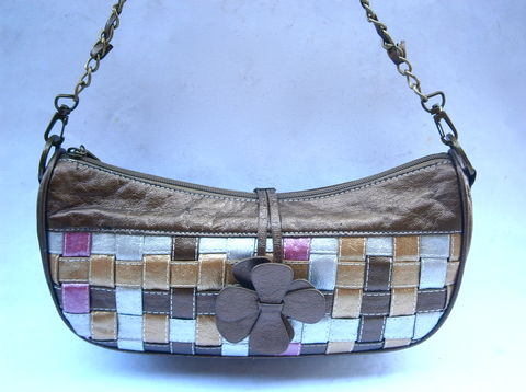 Vintage,Bronze,Leather,Shoulder,Bag,Woven,Patchwork,Metallic,Brown,Gold,Pink,Silver,Crescent,Purse,Brass,Chain,Link,Flower,Power,Daisy,Pouch,vintage bronze woven leather shoulder bag, leather patchwork crescent handbag, daisy petal metallic brown leather handbag, designer inspired brass chain link bag, metallic brown, pink, silver gold leather woven bag, leather strip woven patchwork pouch bag