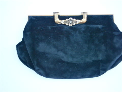 Vintage,Black,Velvet,Evening,Purse,Formal,Clutch,Bag,Fancy,Rhinestone,Lock,Compact,Handheld,Ornate,Plush,Fabric,Textile,Hollywood,Props,vintage rhinestone black velvet clutch purse, vintage art deco velvet bag, fancy rhinestone ornate black velvet bag, ornate hollywood prop black clutch bag, plush black velvet fabric, rich black velvet textile, black rhinestone evening bag, collezione bag