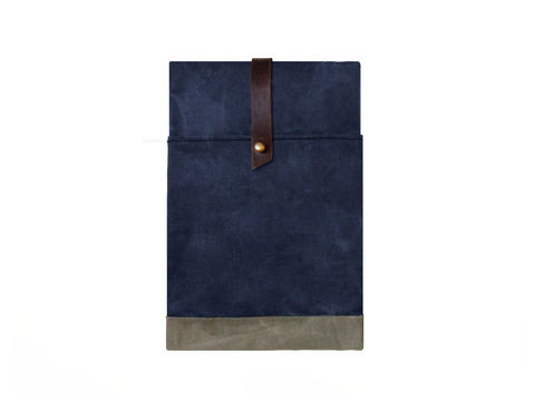 Sessa,Carlo,iPad,Mini,Case,-,Navy,Bags_And_Purses,Laptop,Padded,leather_ipad_case,canvas_ipad_case,Amalfi Turquoise, Tealleather,chrome_buckle,olive,brown,sessa_carlo,hand_waxed,waxed_canvas,military,utility,red,wool,brass,leather,canvas,Sailor, Blue